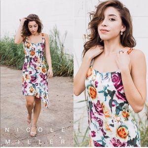 ✨NWT • Nicole Miller floral asymmetrical silkdress